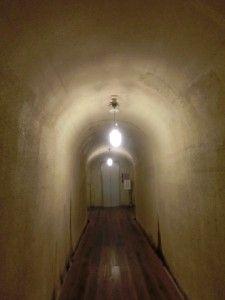 宿の中にトンネルがあるなんて珍しい