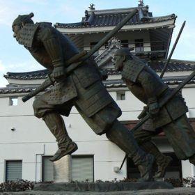 「維新の門」群像