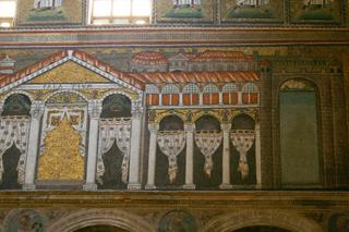 宮殿。カーテンの表現がとっても素敵