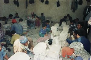 工房の様子とモスクの現場