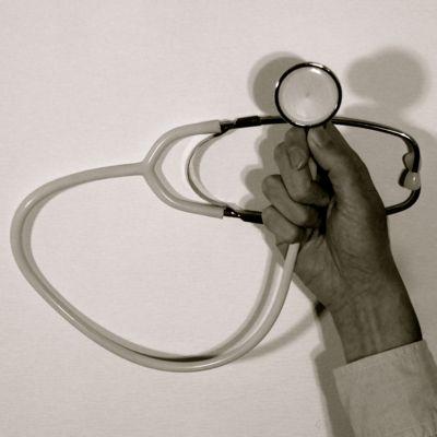 聴診器先生、登場