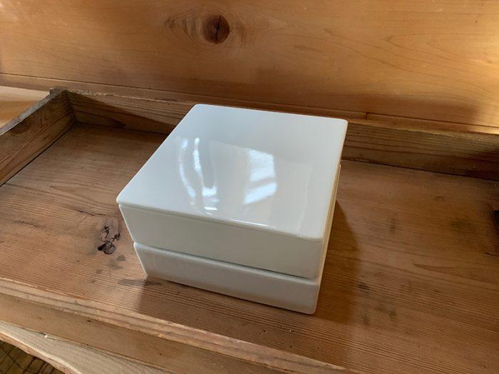 白磁のお重箱