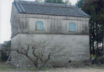 静岡県浜松市の農家の石蔵