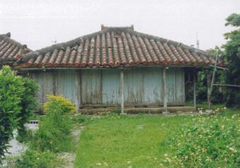 沖縄の伝統的な民家