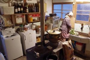 おくどさんの鎮座する台所