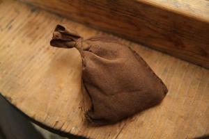 晒し木綿でつくった手縫いの茶袋(チャブクロ、チャンブクロ)